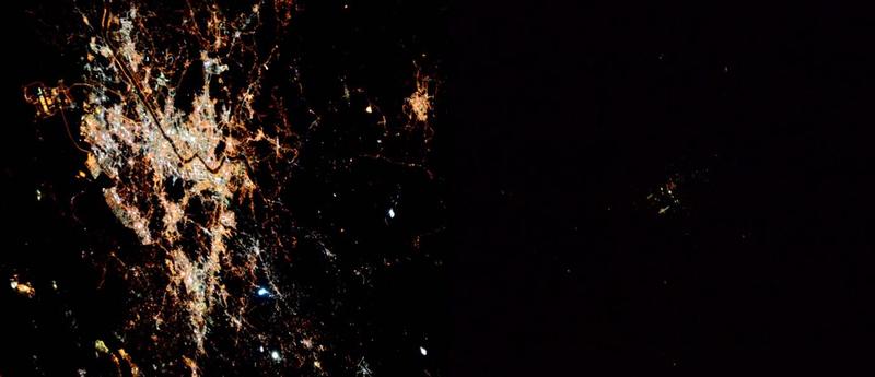 Illustration for article titled Corea del Norte vista desde el espacio casi no existe
