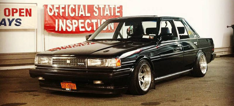 Illustration for article titled Please Buy This Manual Toyota Cressida So I Don't Have To
