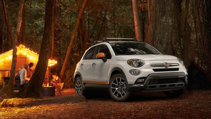Illustration for article titled Fiat Is Trying Very Hard To Make The 500X A Jeep