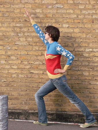 Illustration for article titled Project Of The Day: Knit Your Own Wonder Woman Sweater