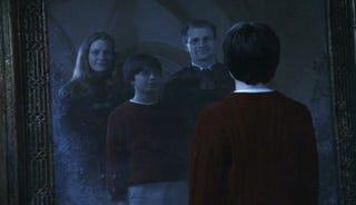 Illustration for article titled J.K. Rowling revela la historia de la familia de Harry Potter en un nuevo relato