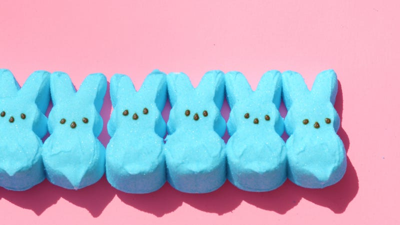 Illustration for article titled Last Call: A science experiment to use up your Peeps