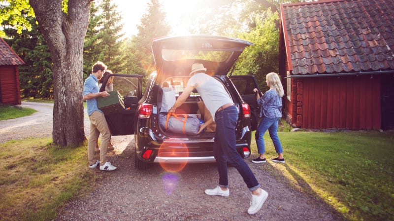 Help Your Kid Heading Off To College With A Trunk Party