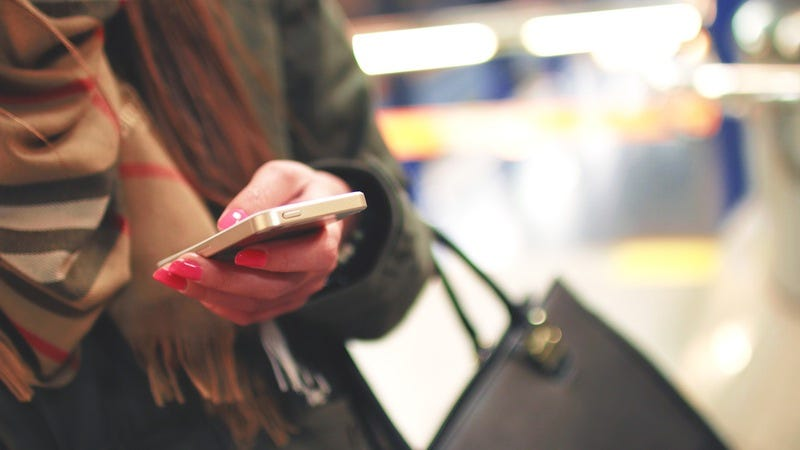 Phone Calls From These Area Codes Might Be a Scam