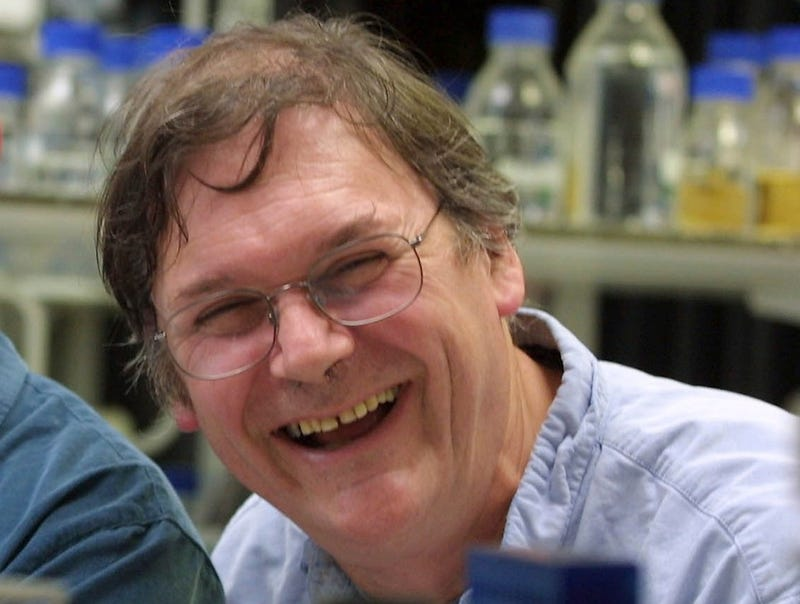 Illustration for article titled Nobel Prize-Winning Scientist Resigns After Making Sexist Comments