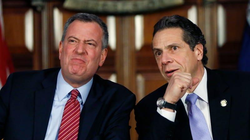 New York City Mayor Bill de Blasio, left, and New York Gov. Andrew Cuomo, right. (Image: AP)