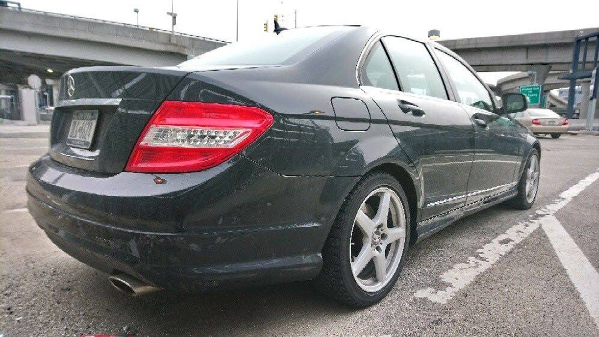 This 2008 Mercedes-Benz C300 Is a Six-Speed Manual Unicorn