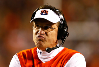 Illustration for article titled Auburn's Fumbles Were As Costly As 204 Yards And Three TDs