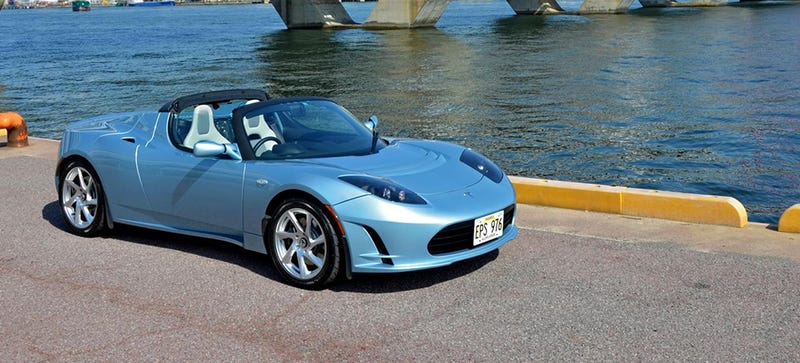 Illustration for article titled The Tesla Roadster Is Going To Get Some Sort Of Upgrade This Year
