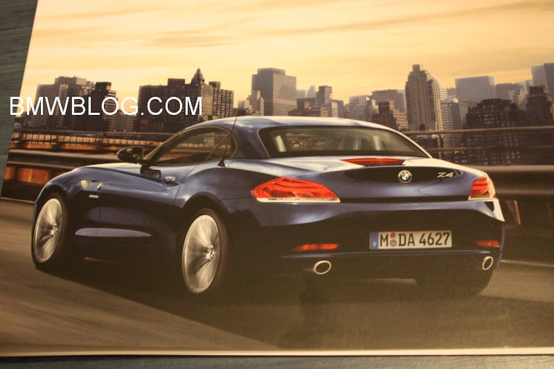 Illustration for article titled 2010 BMW Z4 Shows Us Its Rear