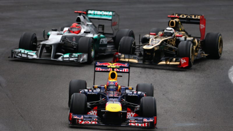 Illustration for article titled These Are The 10 Most Incredible Passes Of The 2012 F1 Season