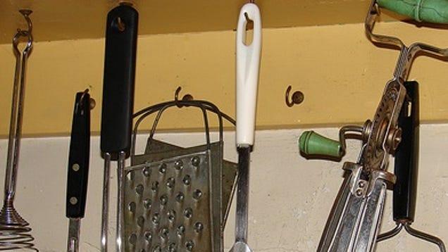 Must Have Utensils For The Minimalist Kitchen
