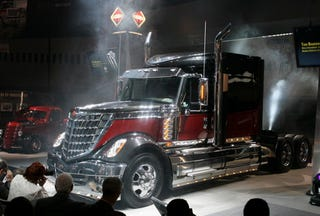 Ilration For Article Led Most High Tech 18 Wheeler Ever Almost Puts Optimus Prime To