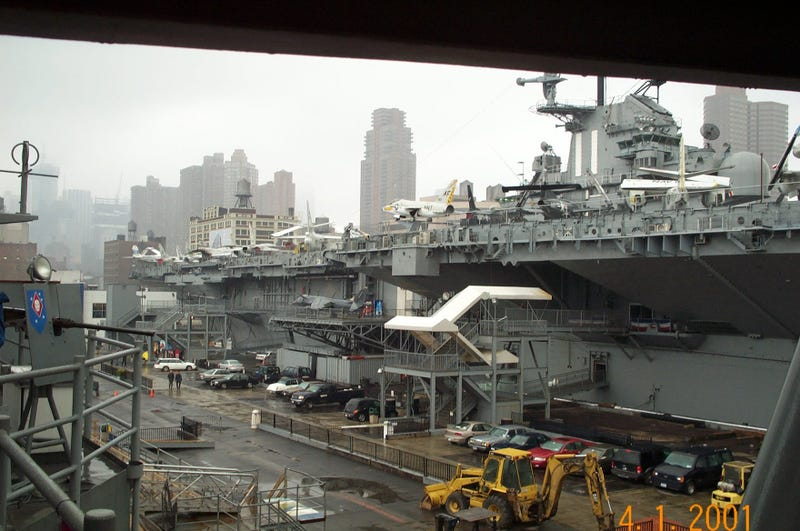 Illustration for article titled USS Intrepid, NYC - 4/1/2001