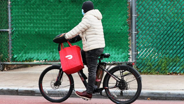 DoorDash Settlement Would Pay a Paltry $130 to Workers Instead of Making Them Employees
