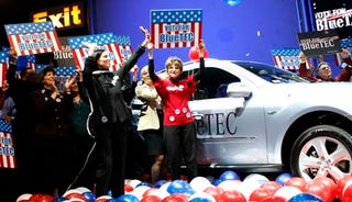Illustration for article titled Mercedes-Benz Makes Mockery Of United States Democracy Unveiling BlueTEC SUVs