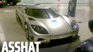Illustration for article titled Some Asshat Abandoned A Pristine $2 Million Supercar In A Swiss Parking Garage