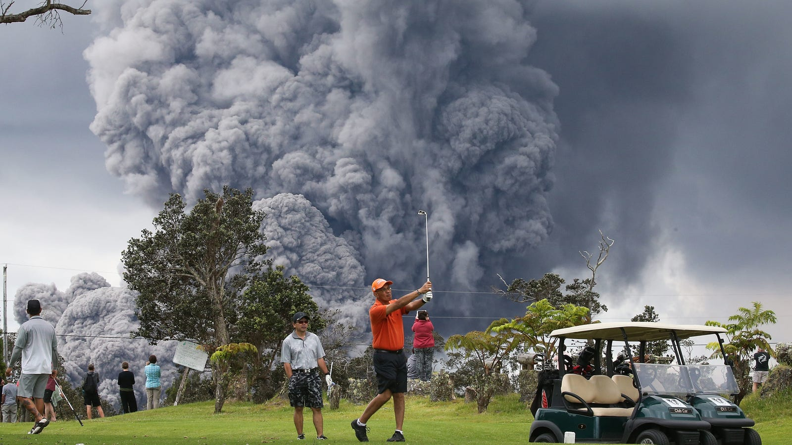 Kilauea Spews Ash, Golf Continues