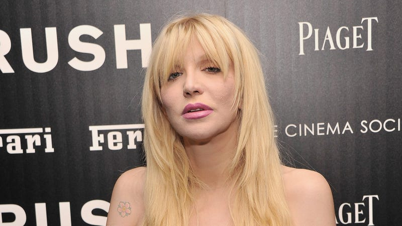Illustration for article titled Courtney Love Says Russell Brand Hit on Her but He Smelled 'Too Musky'