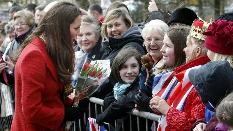 Illustration for article titled Kate Middleton Sees Own Reflection, Decrees Six More Weeks of Winter