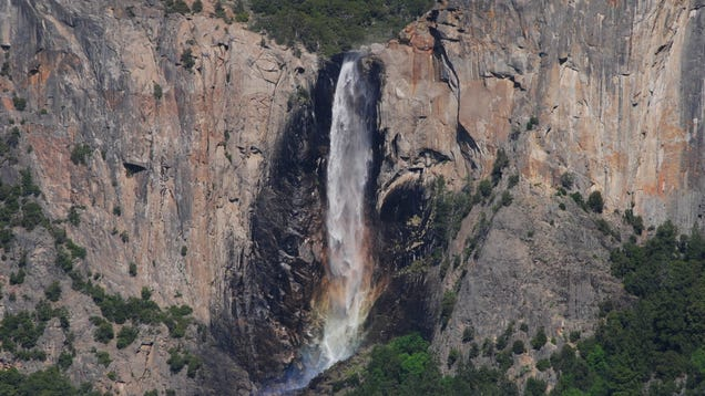 Self-Forming  Waterfalls Could Change Our Understanding of Earth s History