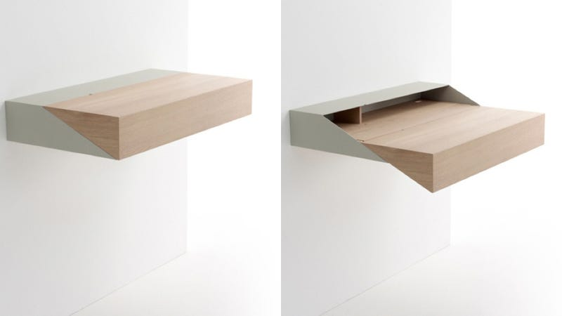 Illustration for article titled This Desk-Shelf Hybrid Harmoniously Combines Form and Function