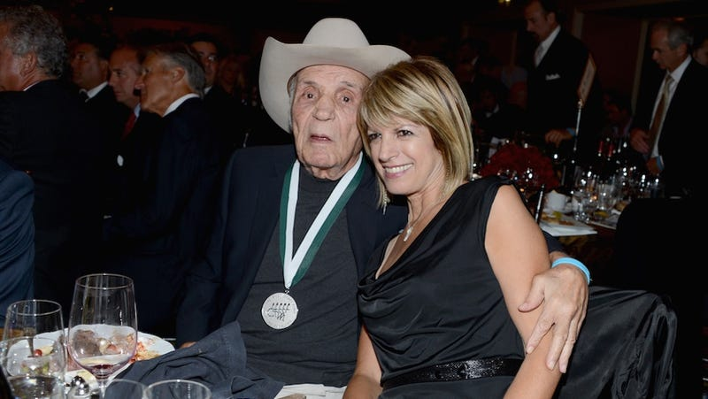 Illustration for article titled Jake LaMotta Is 90 Years Old And About To Get Married For The Seventh Time