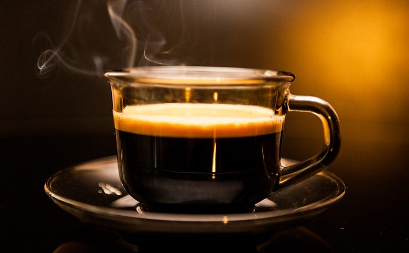 Illustration for article titled Este acertijo para adivinar a qué taza llegará primero el café es tan sencillo que la mayoría falla