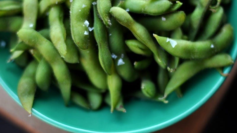 Illustration for article titled Spruce Up Frozen Edamame with Stuff You Already Have In Your Pantry