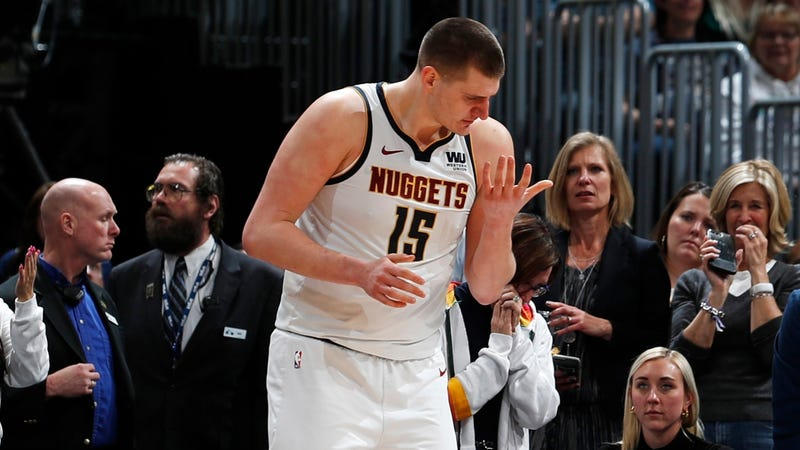 Illustration for the article entitled Nikola Jokic crushes the doubts in his big, soft hands