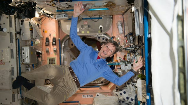 Astronaut Peggy Whitson Just Shattered a Spacewalking Record
