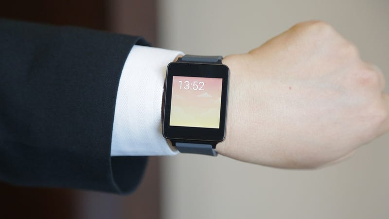 Illustration for article titled LG G Watch Hands-On: A Smartwatch That Feels Like a Watch