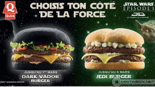 Illustration for article titled This Black Bun Darth Vader Burger Looks More Awesome Than The Phantom Menace