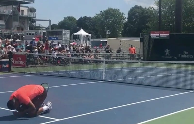 Nick Kyrgios into third round of Rogers Cup