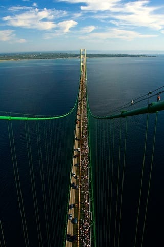 Illustration for article titled Hope You Weren't Driving Across The Mackinac Bridge Today