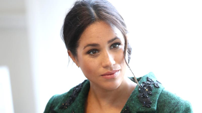 Illustration for article titled Australian TV Show Previews Hit Piece on Meghan Markle, Immediately Gets Dragged All Over Al Gore's Internet