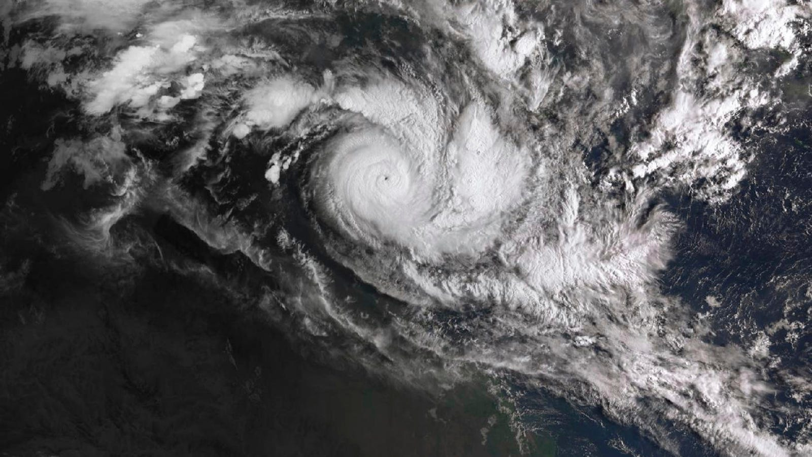 Two Powerful Tropical Cyclones Are Set to Strike Australian Coasts Simultaneously in First Since 2015