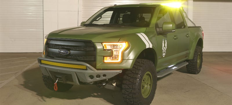 Illustration for article titled This 2015 Ford F-150 Is Ready To Run Over Aliens In Halo 5