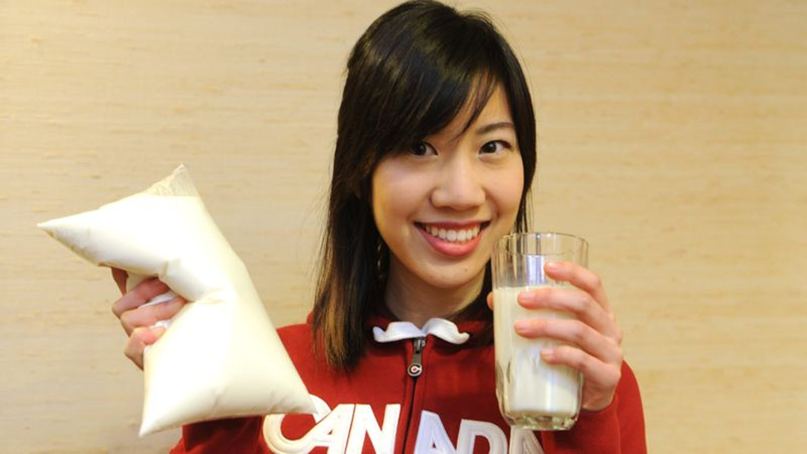Why Does Canadian Milk Come In Plastic Bags-2141