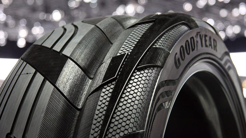goodyear 39 s clever concept suv tire has the grand canyon in the middle. Black Bedroom Furniture Sets. Home Design Ideas