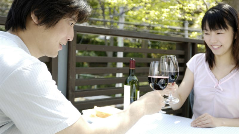 Illustration for article titled Amazon Launches On-Demand Sommelier Service in Japan