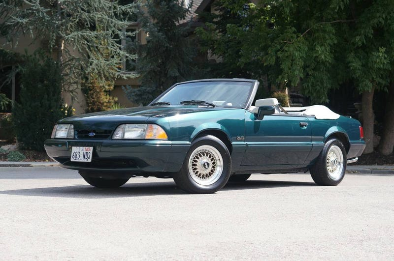 Illustration for article titled At $20,000, Could This 1990 Ford Mustang 5.0 Be The Ultimate Pop Culture Reference?