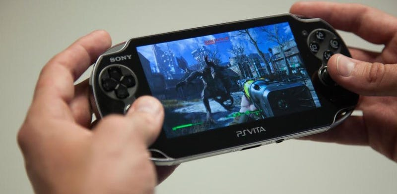 Illustration for article titled Here's Fallout 4 Streaming On a PS Vita