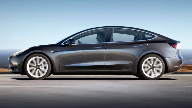 Illustration for article titled Tesla empieza a vender una versión más barata del Model 3