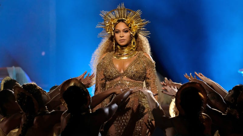 Illustration for article titled But Will It Make Me Look Like Beyoncé? Bey's Makeup Artist Sir John Collabs on Lion King-Themed Beauty