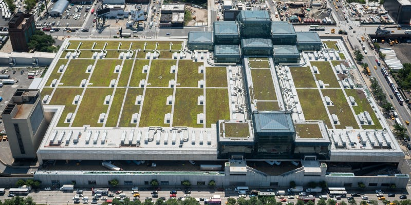 Illustration for article titled There's a Giant Green Roof Hidden Above NYC's Biggest Convention Center