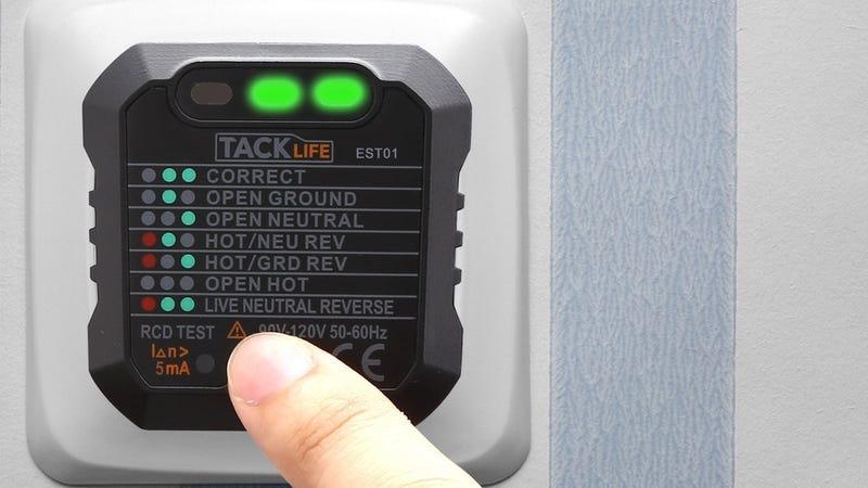 Detector de voltaje   $5   Amazon   Usa el código QAXI6QOKFoto: Amazon