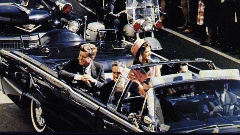 "Illustration for article titled David O. Russell and Leonardo DiCaprio get hip to the ""assassinating JFK"" trend that's so hot right now"
