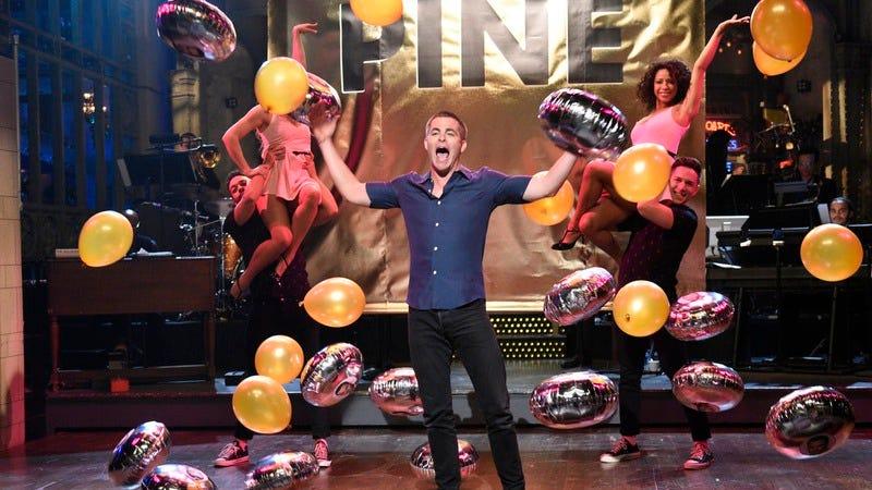 Chris Pine, we're almost certain (Photo: Will Heath/NBC)