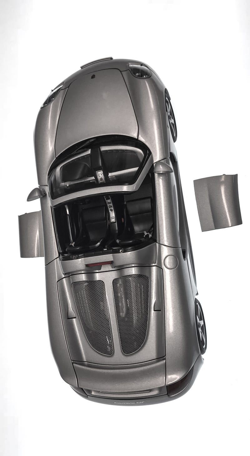 Illustration for article titled Some AutoArt Carrera GT